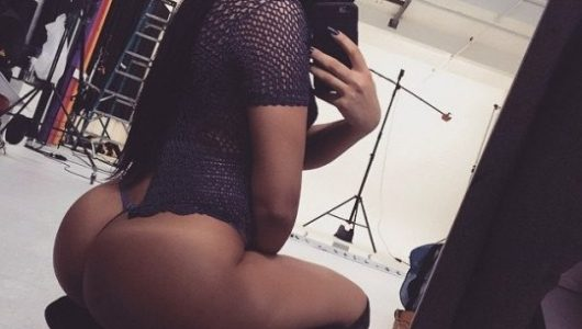 izmit-universiteli-genc-escort-bayan